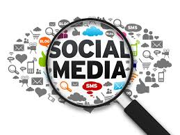 Social Media, by flickr user laura pasquini, licensed by Creative Commons.